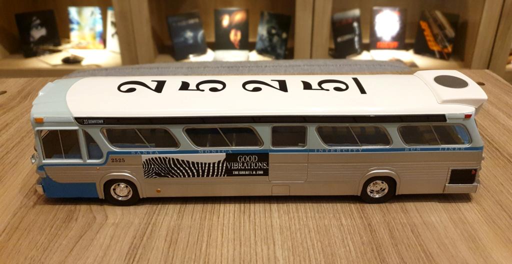 Collection n° 540 : Castor -  il y a une bombe dans le bus... - Page 17 Bus1010