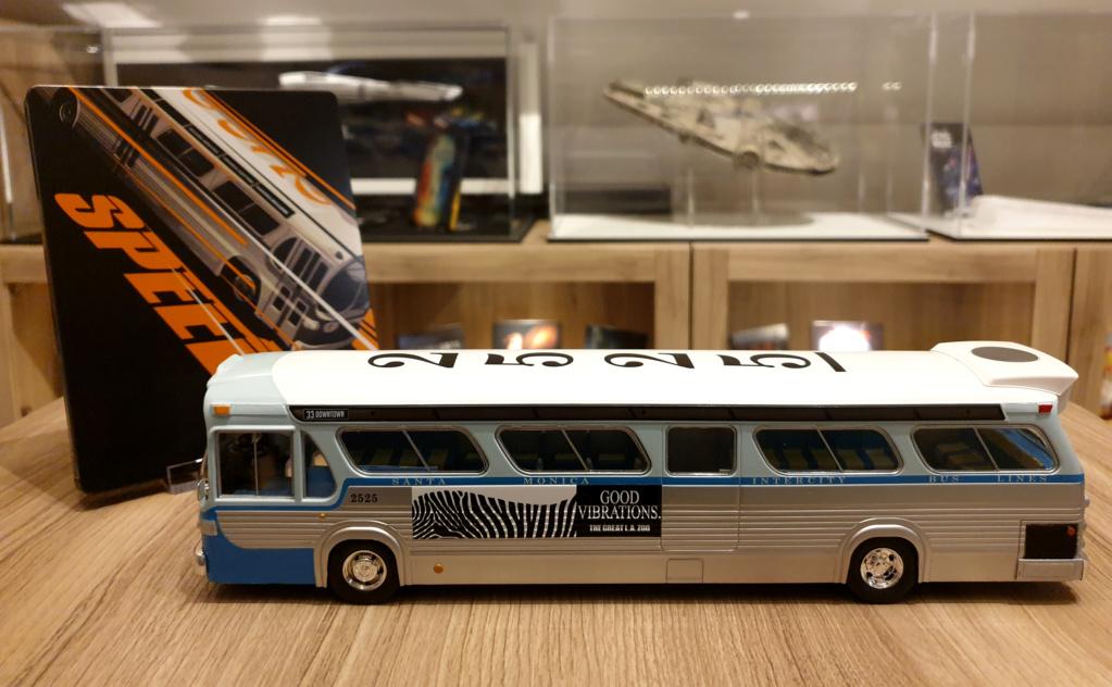 Collection n° 540 : Castor -  il y a une bombe dans le bus... - Page 17 Bus1210
