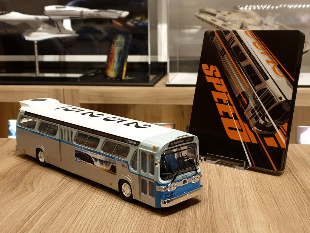 Collection n° 540 : Castor -  il y a une bombe dans le bus... - Page 17 Bus1310