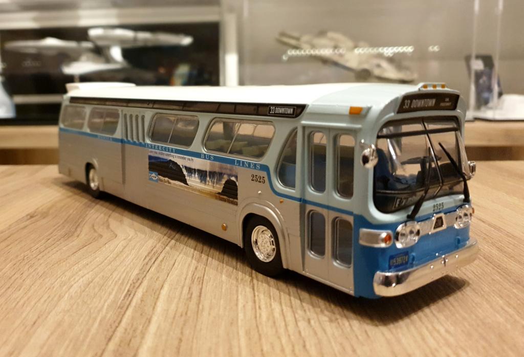 Collection n° 540 : Castor -  il y a une bombe dans le bus... - Page 17 Bus411