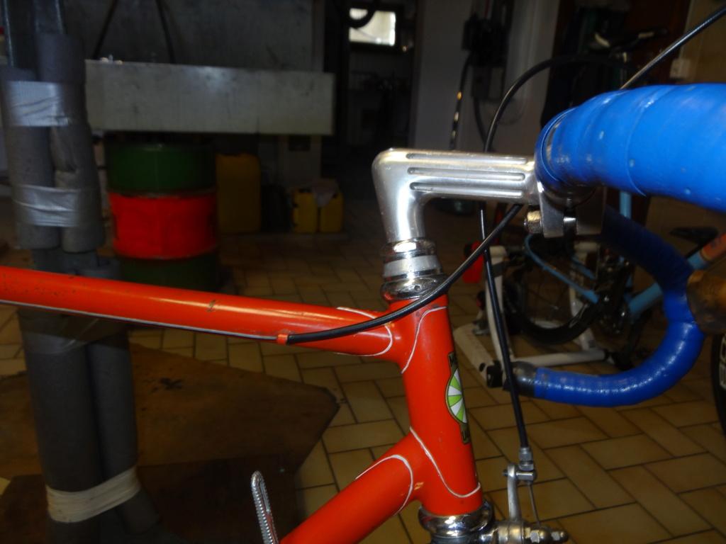 Jacques MERCET, constructeurs de cycles de compétition en Suisse Romande - Page 6 Dsc01827