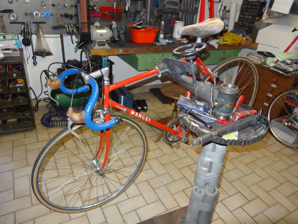 Jacques MERCET, constructeurs de cycles de compétition en Suisse Romande - Page 6 Dsc01828