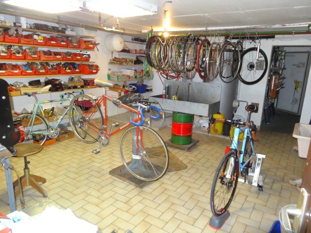 Jacques MERCET, constructeurs de cycles de compétition en Suisse Romande - Page 6 Dsc01829