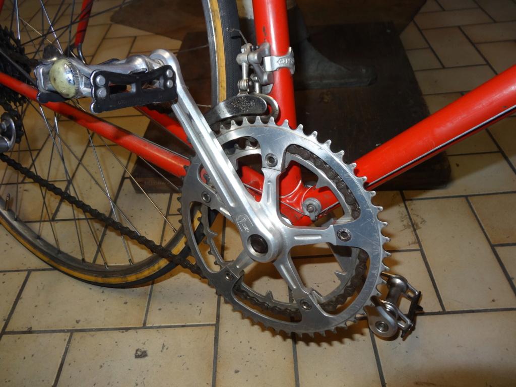 Jacques MERCET, constructeurs de cycles de compétition en Suisse Romande - Page 6 Dsc01835