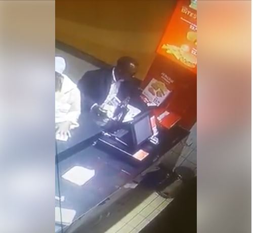 See The Way Fraudsters Are Using To Scam Nigerians Through POS Machines 2-13810