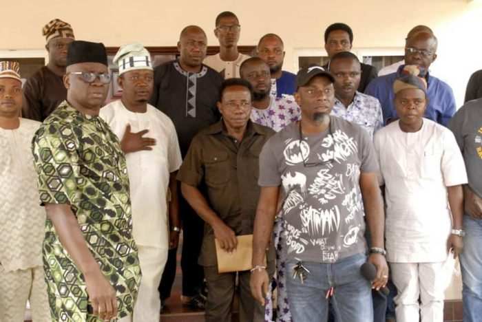 23 Members Of Ekiti House Of Assembly Storm Fayose's Residence (Photos) 2-179-10