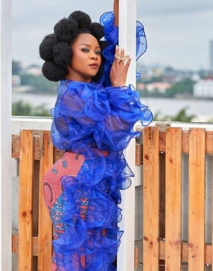 Omawumi Rocks Breast Revealsing Blue Ruffle Dress (Photos) 3-7410