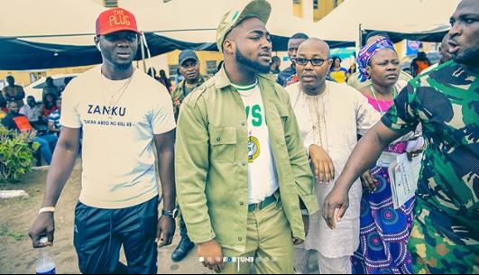 Davido Causes Commotion As He Arrives Lagos Camp (See Photos) 44444410