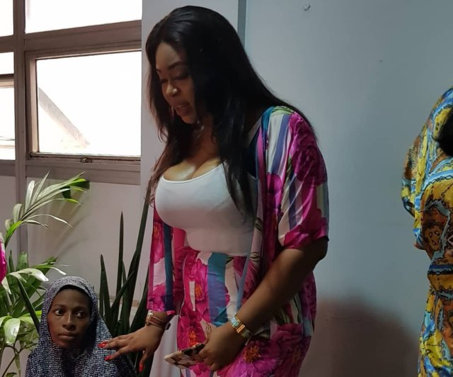Mimi Orjikwe Celebrates Her Birthday With New Mothers, Pay Their Debt At The Hospital 4d7a3410