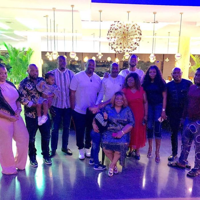 Don Jazzy, D'Prince And Their Siblings Celebrate Their Mother's Birthday In Lagos (Photos) 5d774b11