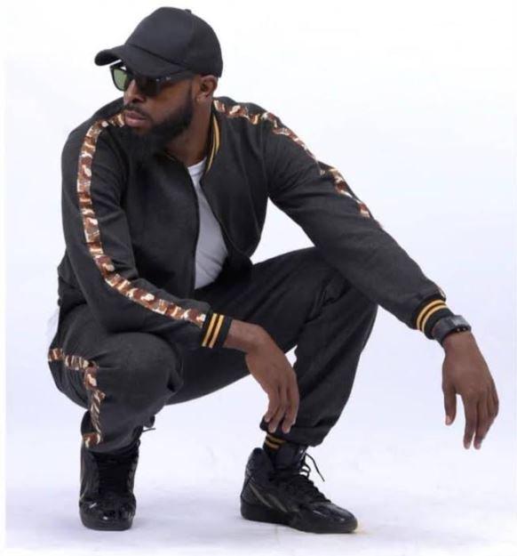 [Music] Reggie – Ghana Girl 87643712