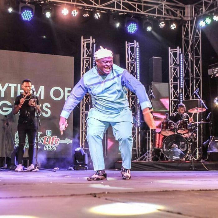 Phyno Performs Alongside Winner Of Hi-life Fest 2019 ( Photos) Bhmng_12