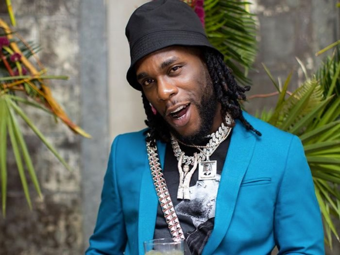 Checkout How Burna Boy Majestically Appeared On Stage For His Show At The Wembly SSE Arena In London (Video) Burna-46