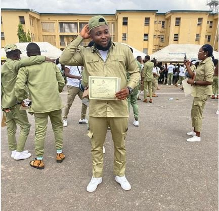 Rapper Chinko Ekun Completes His NYSC. Poses With His Discharged Certificate Captur41