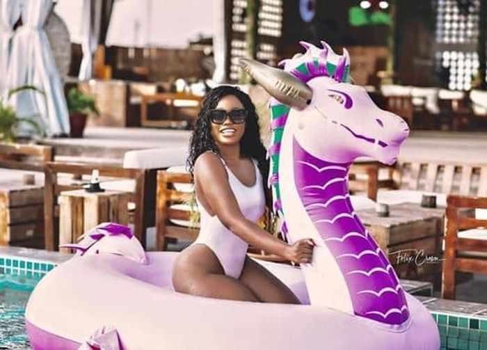 Cee-C Flaunts Her Curves In New Swimsuit Photos Cee-c-12