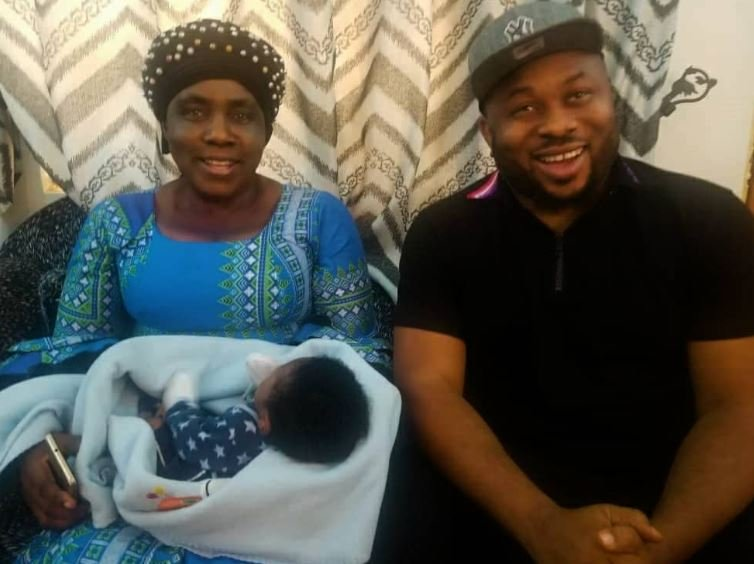 Olakunle Churchill Gifts N1million To A New Baby (You Won't Believe Why) Ch210