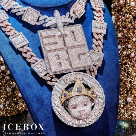 Davido Reveals The Face Of His Son, Ifeanyi On N150Million Customized Diamond Necklace Dav_110