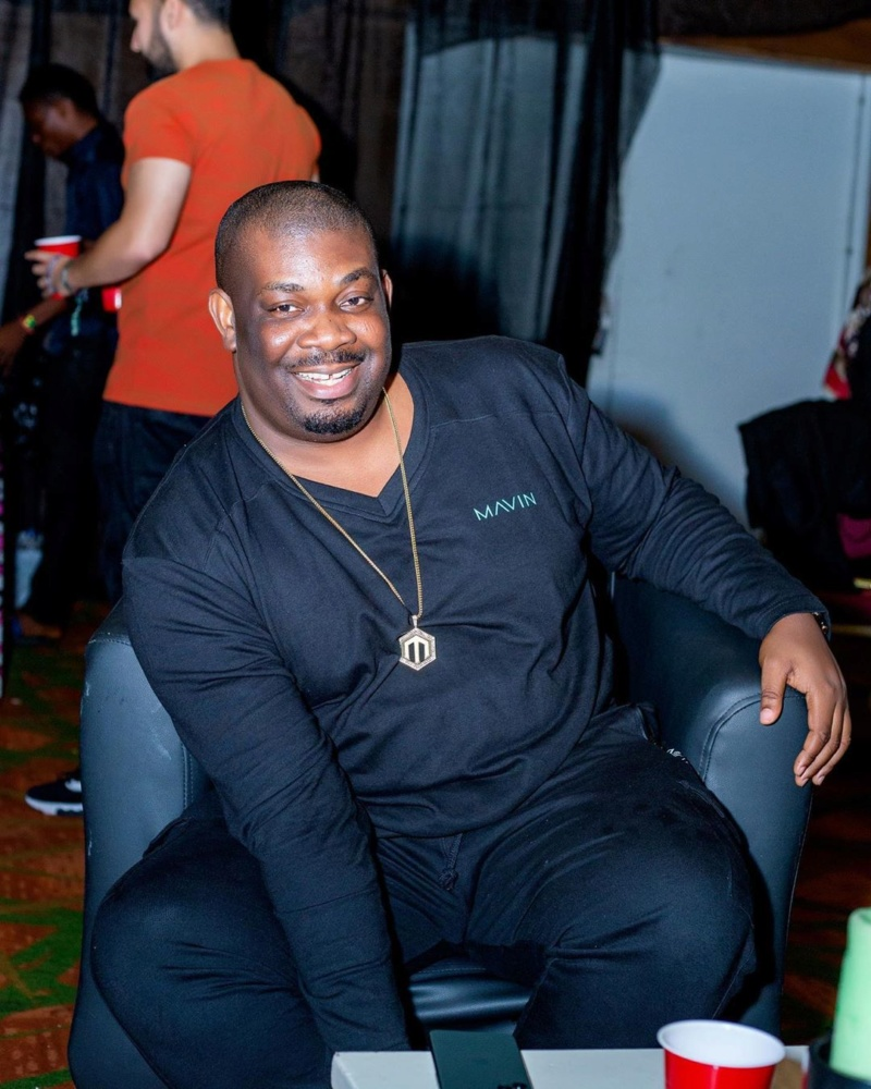 Don Jazzy Poses With Mystery Woman In Mavin Records HQ (See Photo) Donjaz33