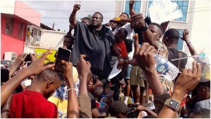 #EndSARS: Popular Fuji musician, Saheed Osupa Declares Support, Joins Protest In Ibadan (Video) Imnzi311