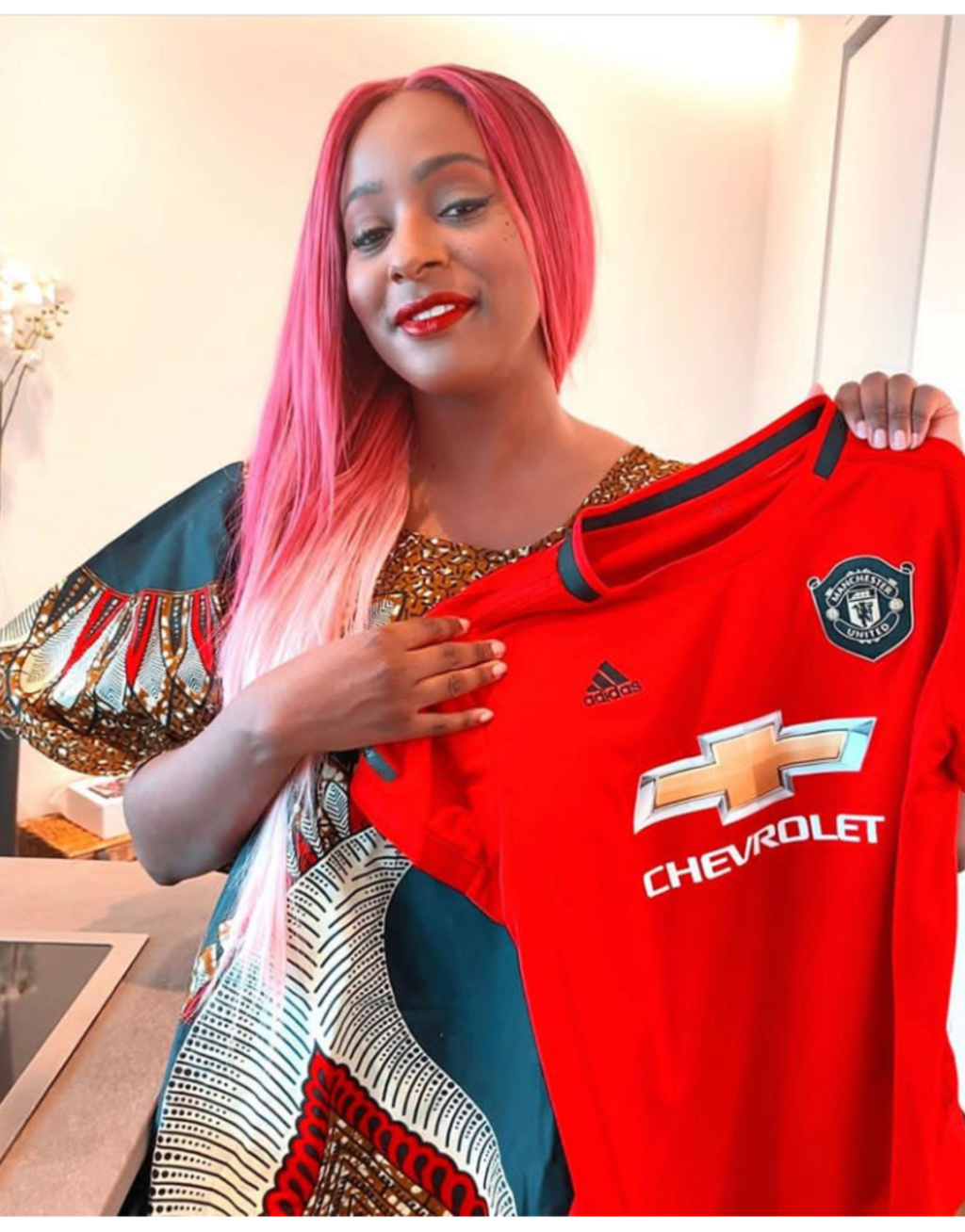 """""""Joining Manchester United is the BEST choice I made in 2020"""" —DJ Cuppy Reveals Insho410"""