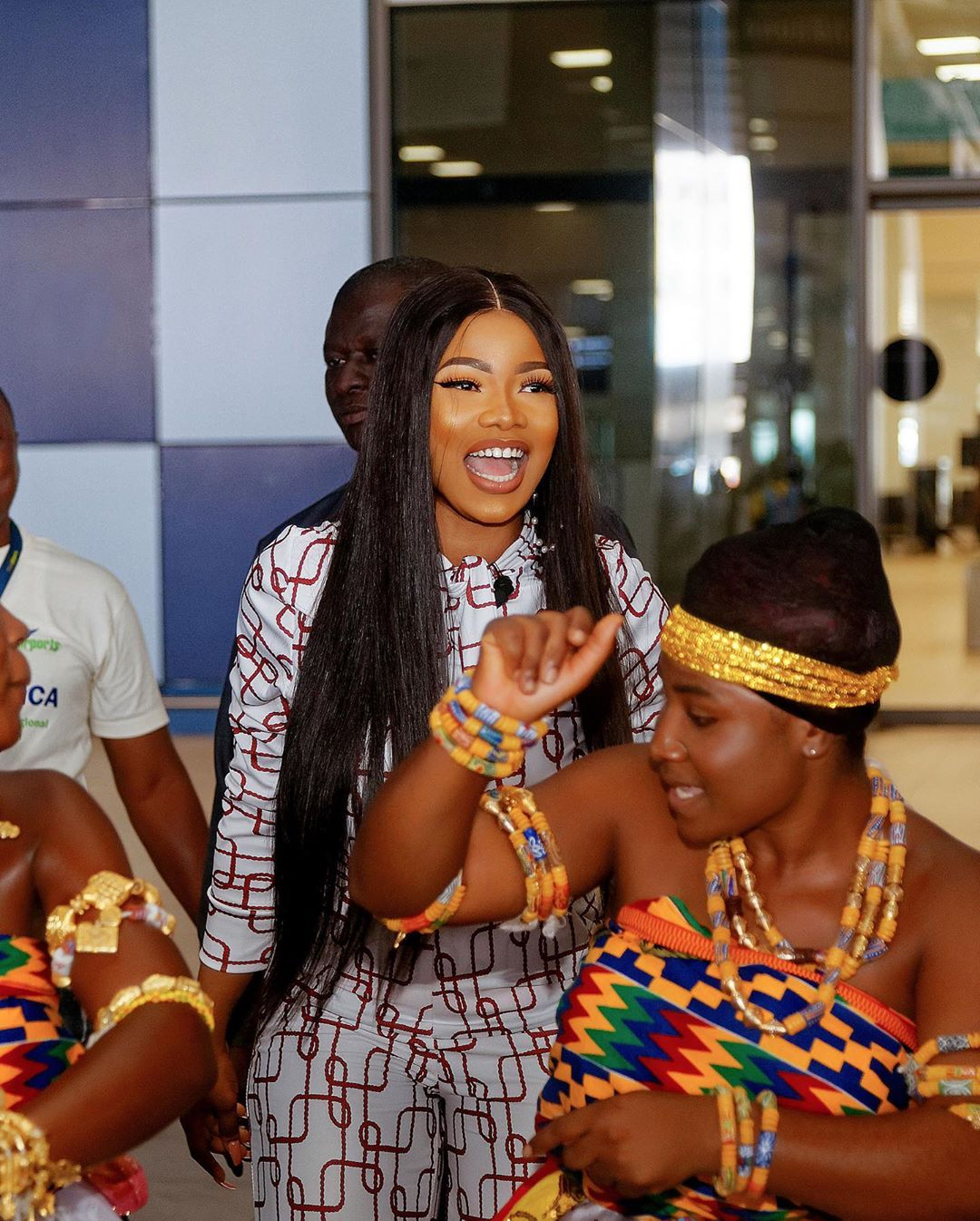 """""""Nigeria Needs To Learn From Ghana"""" – Tacha Trolls As She Mocks Nigerians For Being Impatient While Driving (Watch Video) Ph_cit15"""