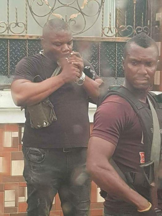 SARS Officer Spotted Smoking During Operation In Port-Harcourt (See Photos) Sars12