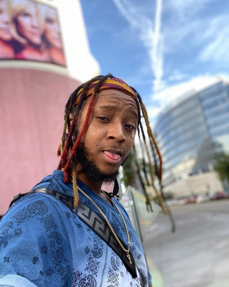 Yung6ix Sues American Jeweler For Assaulting And Racial Profiling Him Swagga10