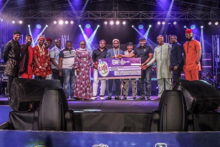 Phyno Performs Alongside Winner Of Hi-life Fest 2019 ( Photos) Whatsa22