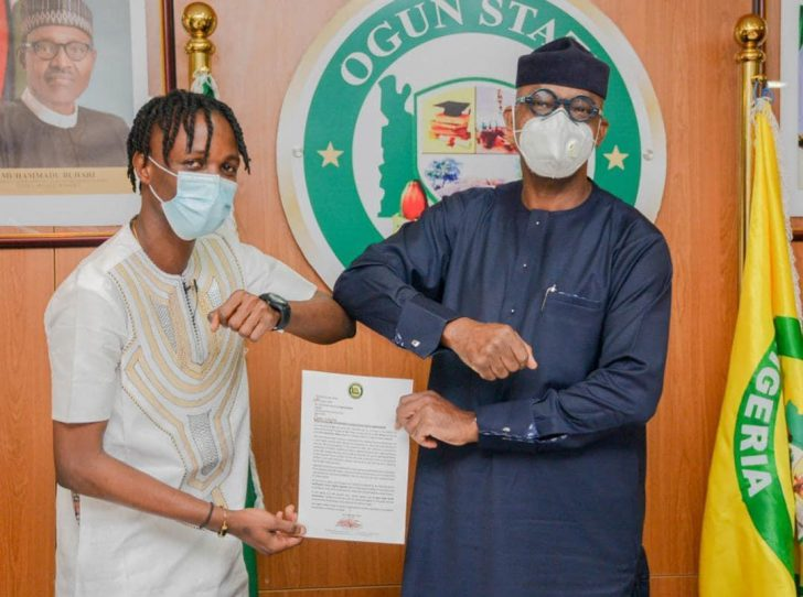 Ogun Governor Appoints Laycon Youth Ambassador Of Ogun State, Gives Him House, Cash Whatsa70