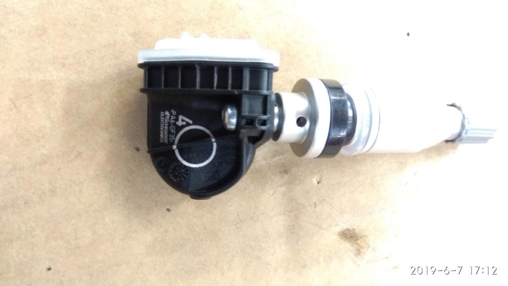 Valvula rueda y sensor de presión Img_2079