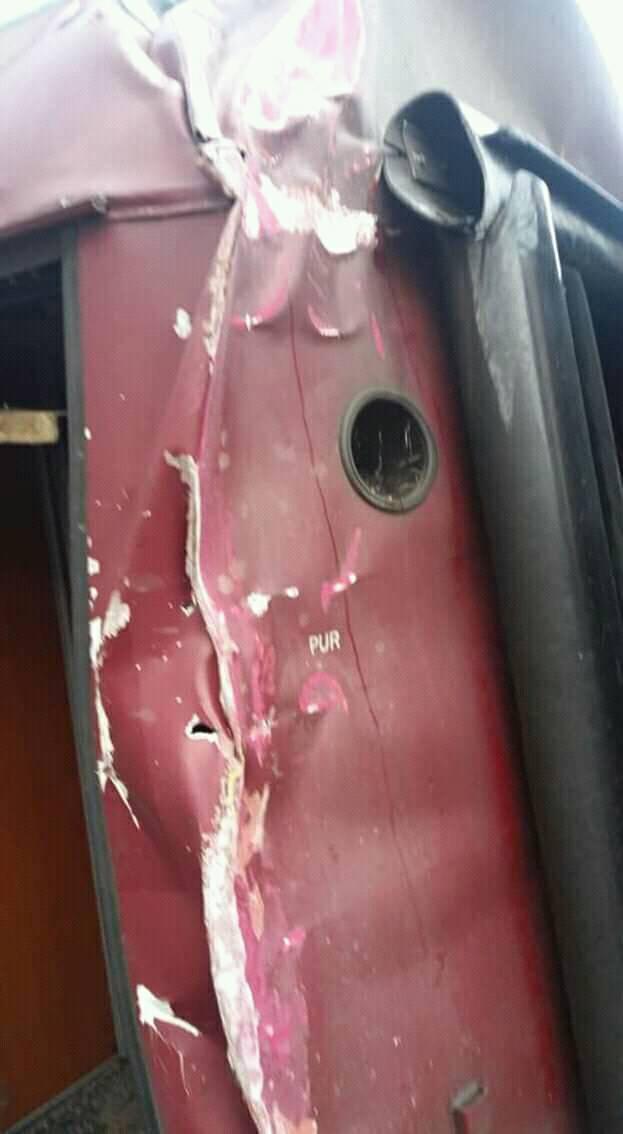 Accidente si Incidente CFR - Pagina 11 48425110
