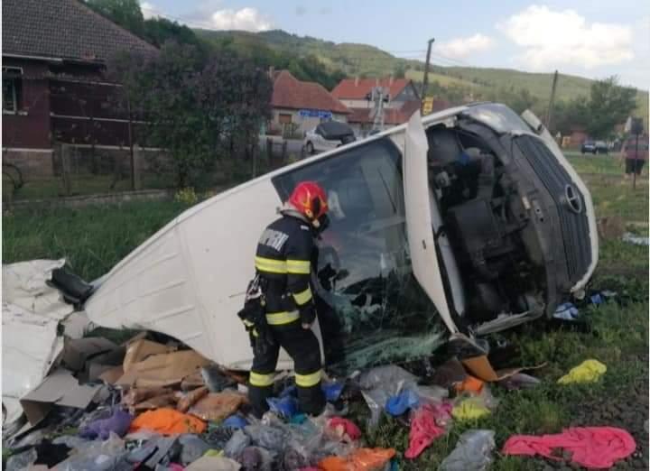 Accidente si Incidente CFR - Pagina 37 Fb_img47