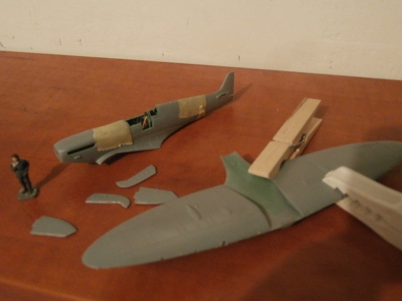 "GALERIJA: Spitfire Mk Vb, 1:32 (Hasegawa) i ""mlađa braća"" u 1:72 0414"