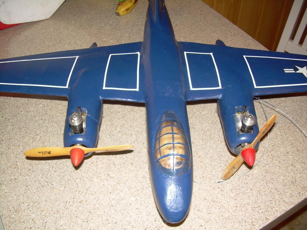 Rare plane Dscn2920