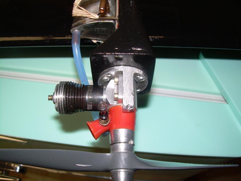 Engine mounts Dscn2961