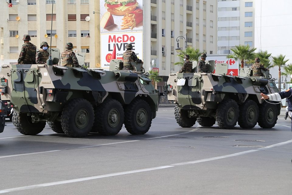 Photos - Véhicules blindées / Armored Vehicles, APC and IFV - Page 4 090cf810