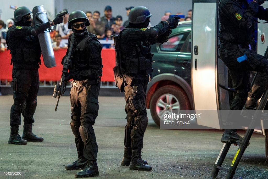 Moroccan Special Forces/Forces spéciales marocaines  :Videos et Photos : BCIJ, Gendarmerie Royale ,  - Page 15 10427810
