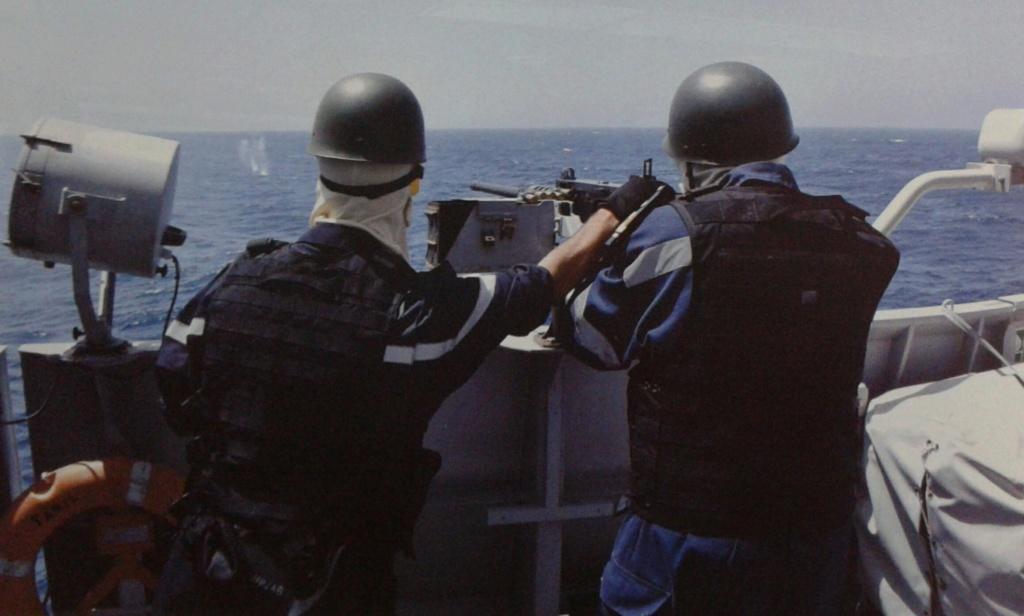 PASSEX 18 - USS ROSS (DDG71) et RMN Tarik Ben Ziyad (613) 20181125