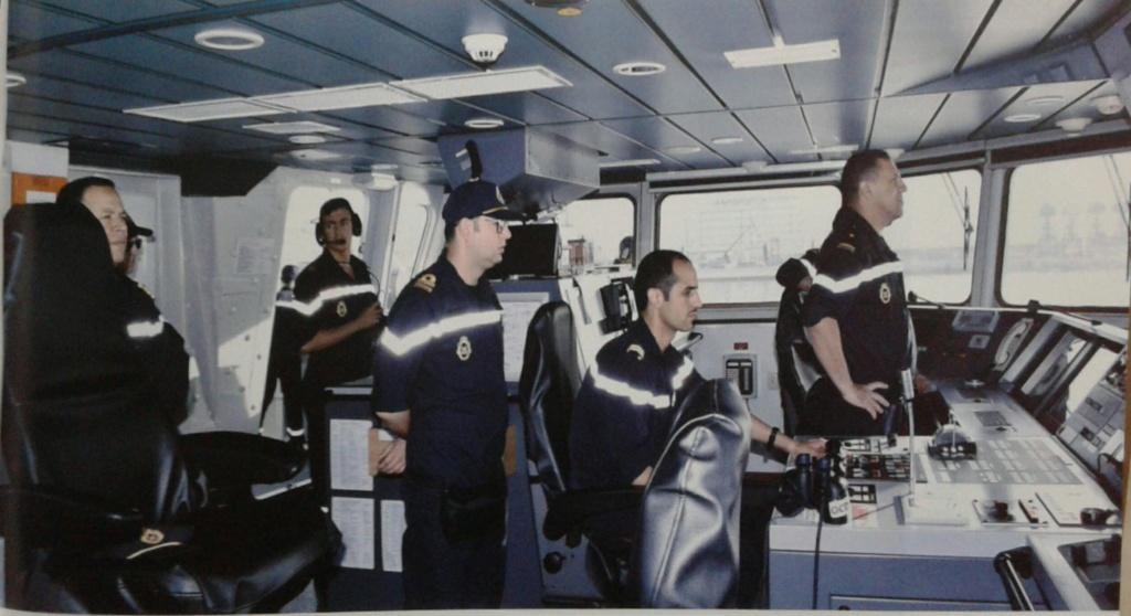 PASSEX 18 - USS ROSS (DDG71) et RMN Tarik Ben Ziyad (613) 20181127