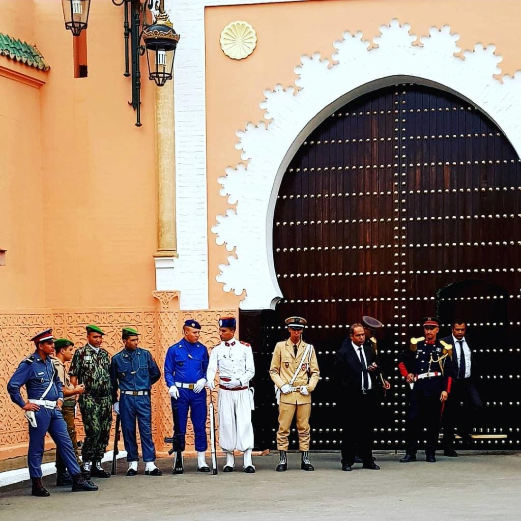 La Garde Royale Marocaine / Moroccan Royal Guard - Page 11 237c7110