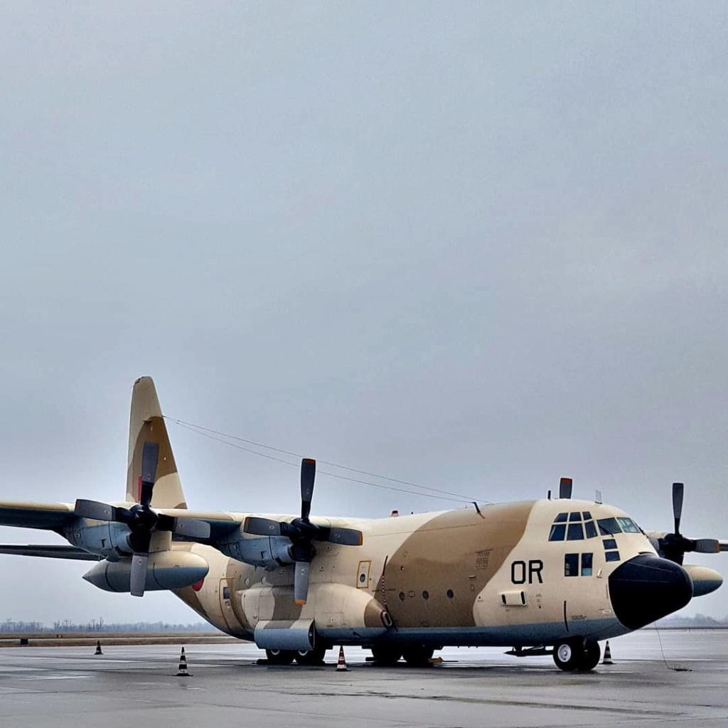 FRA: Photos d'avions de transport - Page 37 3f4f2110