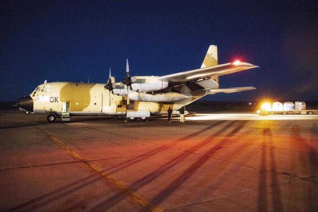 FRA: Photos d'avions de transport - Page 37 7b7acf10