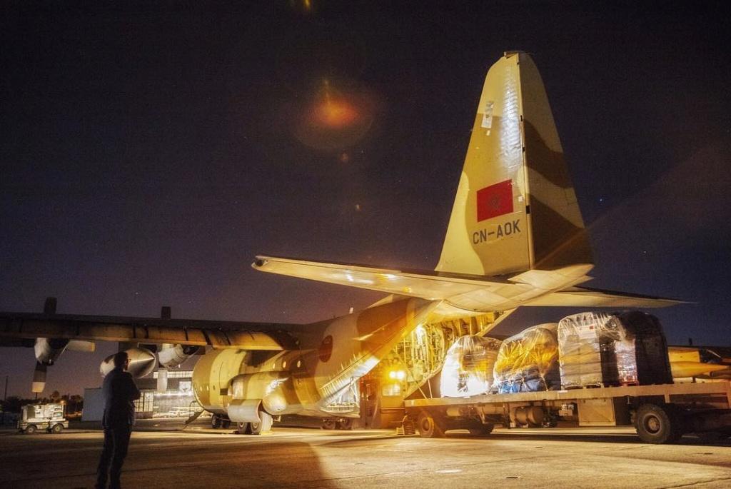 FRA: Photos d'avions de transport - Page 37 80b9bb10
