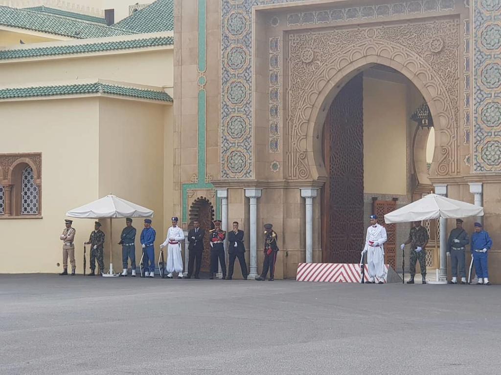 La Garde Royale Marocaine / Moroccan Royal Guard - Page 11 A0497310