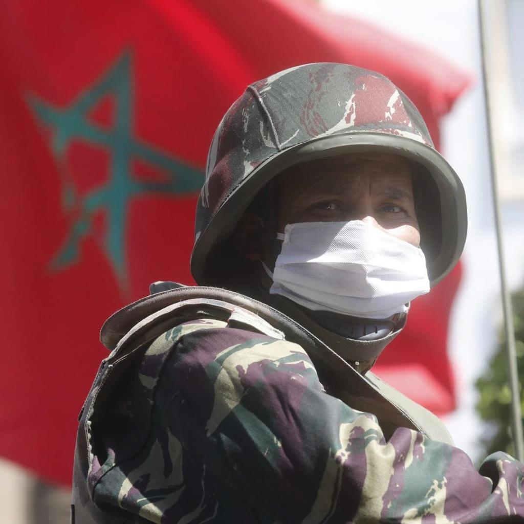 Photos de nos soldats et des Bases Marocaines - Page 7 Abziou11