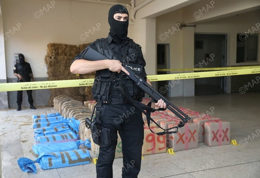 Moroccan Special Forces/Forces spéciales marocaines  :Videos et Photos : BCIJ, Gendarmerie Royale ,  - Page 17 Agence37