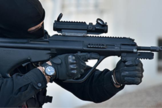 Moroccan Special Forces/Forces spéciales marocaines  :Videos et Photos : BCIJ, Gendarmerie Royale ,  - Page 16 Armes10