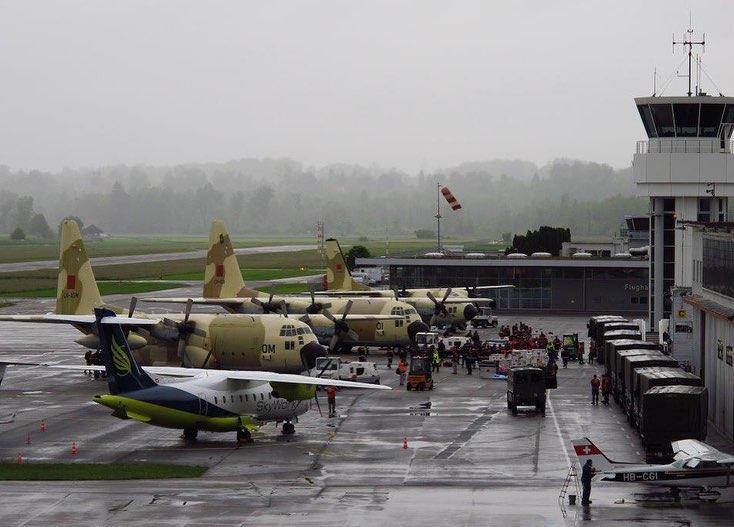 FRA: Photos d'avions de transport - Page 41 Beatri10