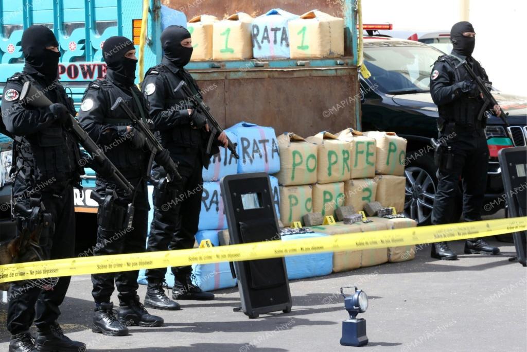 Moroccan Special Forces/Forces spéciales marocaines  :Videos et Photos : BCIJ, Gendarmerie Royale ,  - Page 17 Ebjbcv10