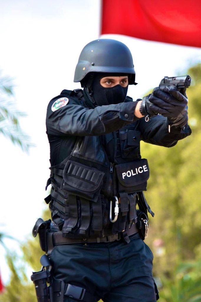 Moroccan Special Forces/Forces spéciales marocaines  :Videos et Photos : BCIJ, Gendarmerie Royale ,  - Page 17 Ex0zed10